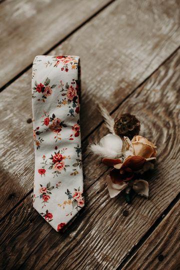 Tie & Boutonniere