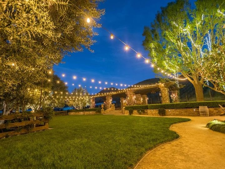 Tmx Untitled62 51 484449 158017018457099 Camarillo, CA wedding rental