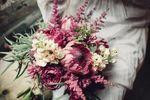 Alexandra Abuza Floral & Garden image