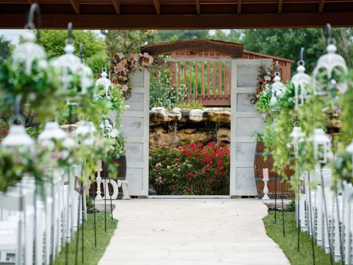 Tmx Danielle And Trevor Wedding Pictures Completed 14 51 86449 V3 Kyle, TX wedding venue
