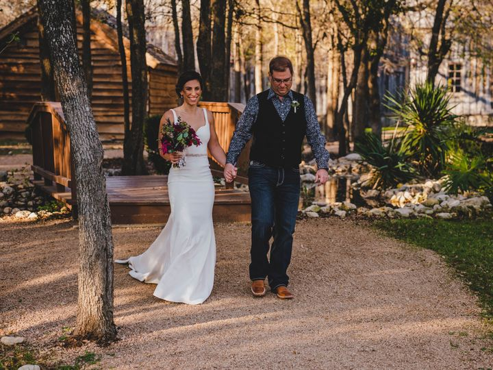 Tmx Eds01680 51 86449 160928153390938 Kyle, TX wedding venue