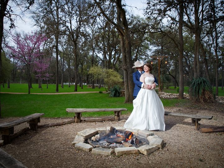 Tmx Kailey And Isaiah Wedding Pictures Completed 275 51 86449 160918428440323 Kyle, TX wedding venue