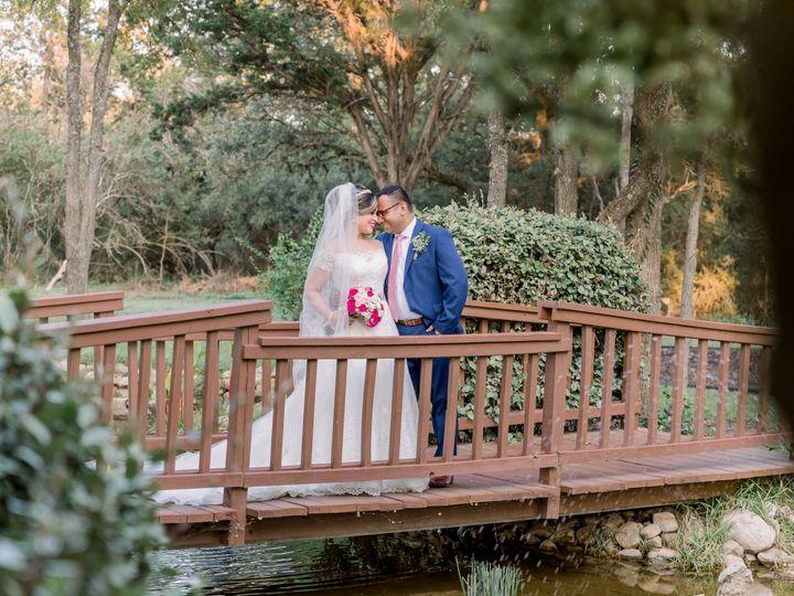 Tmx Valvodinosphotography 14 51 86449 161317679436536 Kyle, TX wedding venue