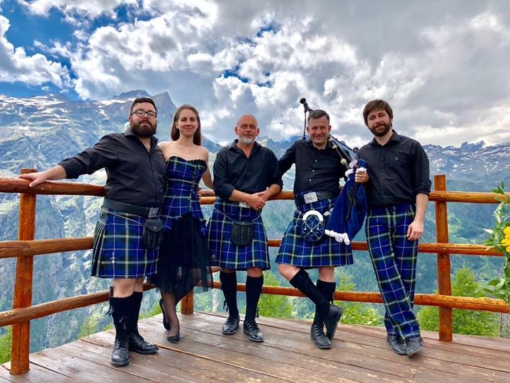 Scottish ceilidh band in Italy