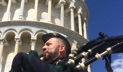 Nick MacVicar - Scottish piper in Italy