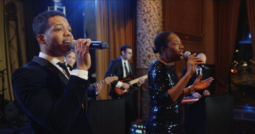 sway chicago wedding music 1 51 1028449