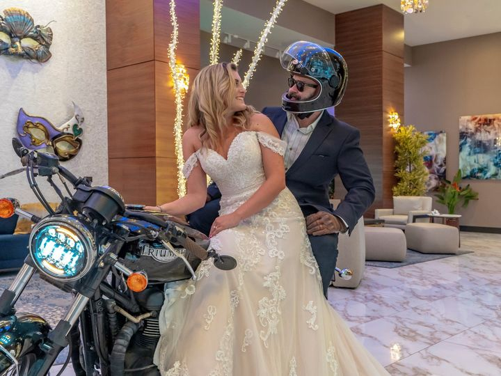 Tmx Bride And Groom With Motorcycle Large 51 1150549 159292014980974 New Orleans, LA wedding venue