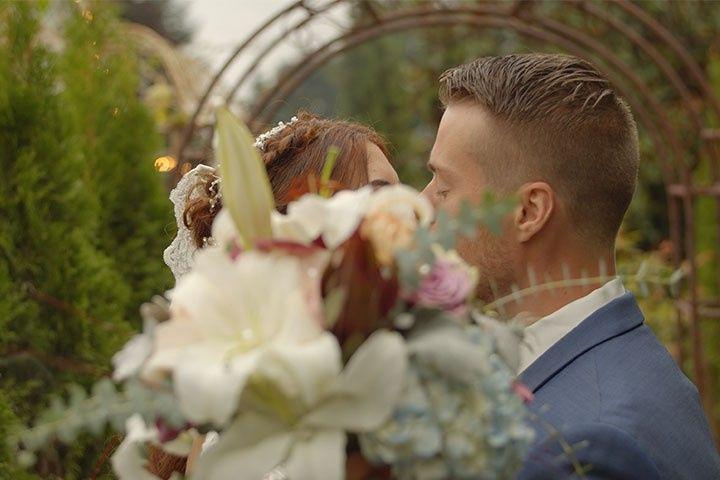 Newlyweds in bloom