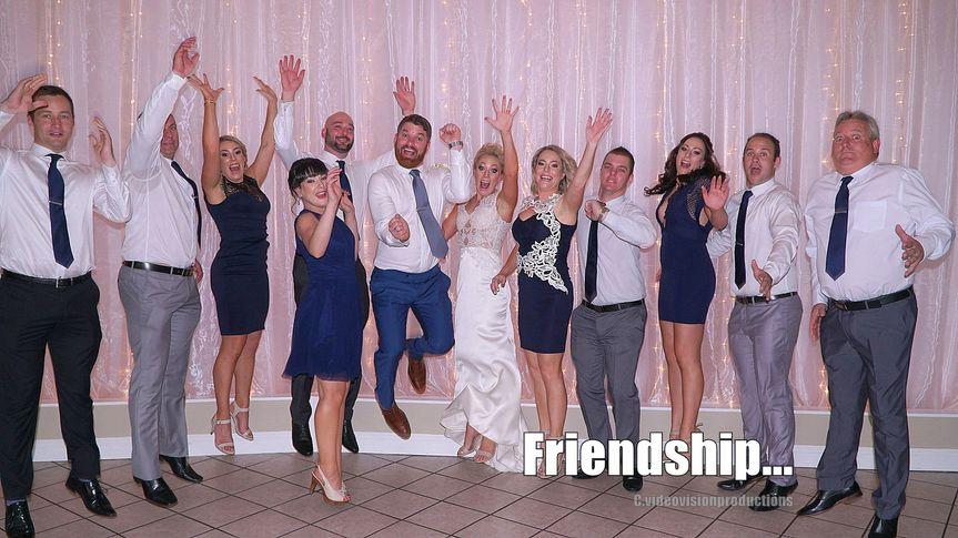 d89ddcf97b818e5e 1533205831 7bf9f683248479e9 1533205837078 1 friendship v