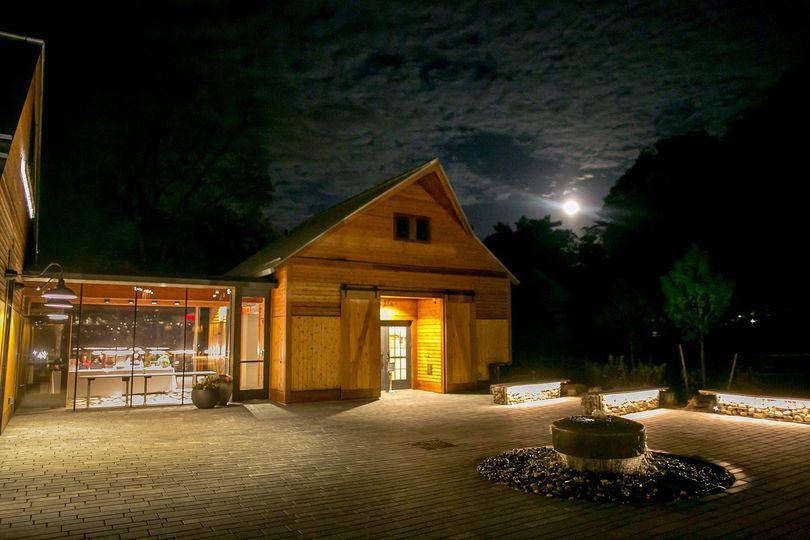 Farmhouse Plaza