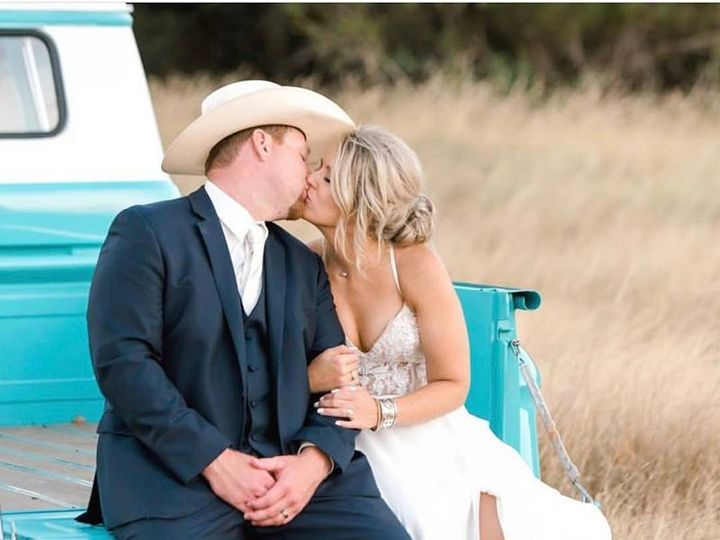 Tmx 47376642 1965750280176940 8008402758925287424 N 51 1042549 Wimberley, TX wedding venue