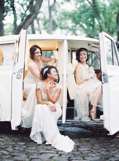 brides vintage car 600x815
