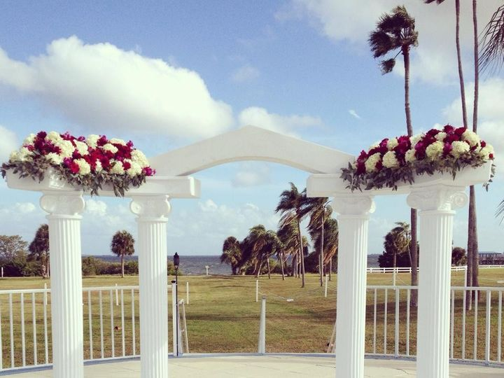 Tmx 1431378532153 105095057593698541379853766131735055444492n Wesley Chapel, FL wedding florist