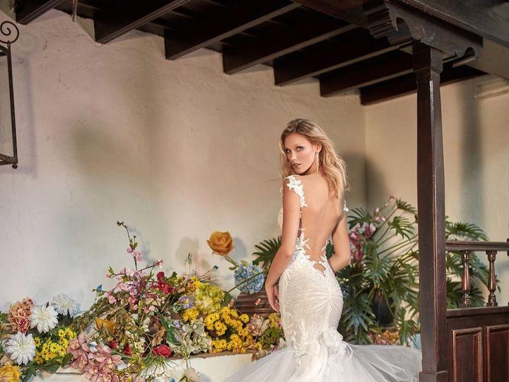 Tmx 1515791370 8f88799eb2fed319 1515791364 Fbe5f251ca581d10 1515791433602 10 Galia Lahav Zenia New York, NY wedding dress