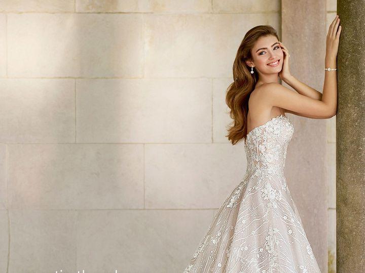 Tmx 1515791386 5a060573a2d47fab 1515791382 0998e8b29f481f8d 1515791433610 19 Martin Thornburg  New York, NY wedding dress
