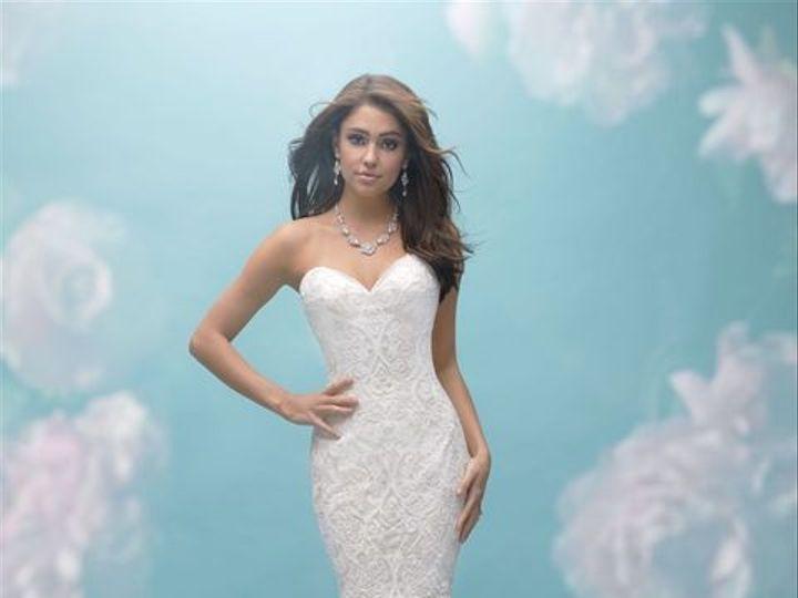 Tmx 1515791389 0b7017d8861c324f 1515791360 8f3d083ca42c2a51 1515791433592 1 Allure 9456 New York, NY wedding dress