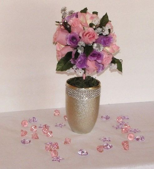 60958780fce82db4 1414171477852 7in pinklavender rose topiary3