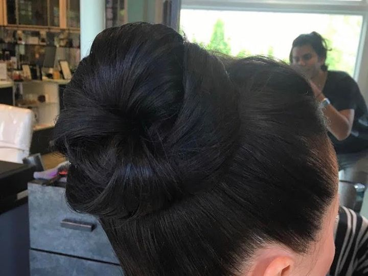 Tmx Hairbun Asheville Wedding 51 1887549 1570503933 Asheville, NC wedding beauty