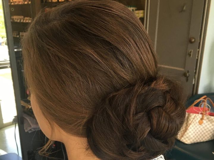 Tmx Hairbun 51 1887549 1570503894 Asheville, NC wedding beauty