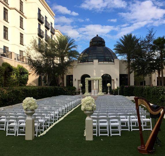 Alfond Inn outdoor ceremony