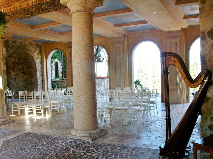 Bella Collina atrium ceremony