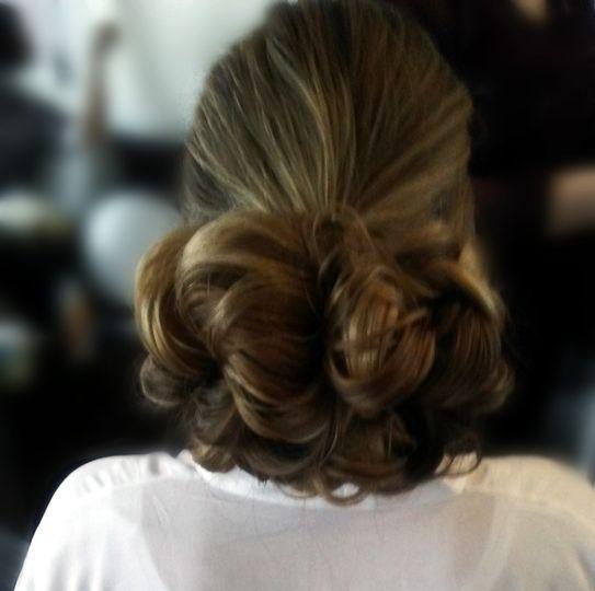 Bride Low chignon