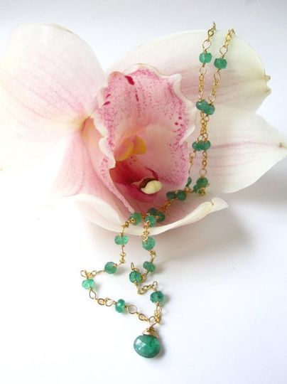 Yuzuriha Necklace