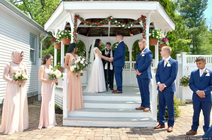 Wedding in the gazebo