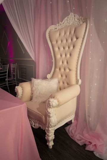 Ornate chair reception set up
