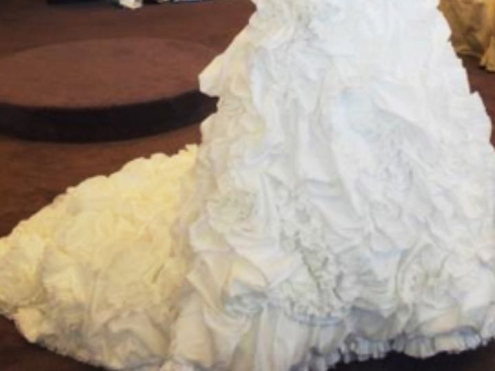 Tmx 8bc6e81b 4f29 4e05 9f2c 1c3bfa576f2a 51 1884649 159171721511870 Saint Paul, MN wedding dress