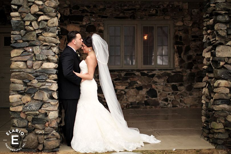 crooked lake house wedding photos44