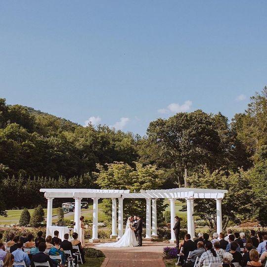 Romantic Summer Ceremony