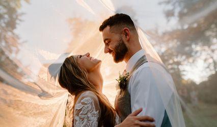 Carley Elizabeth Weddings