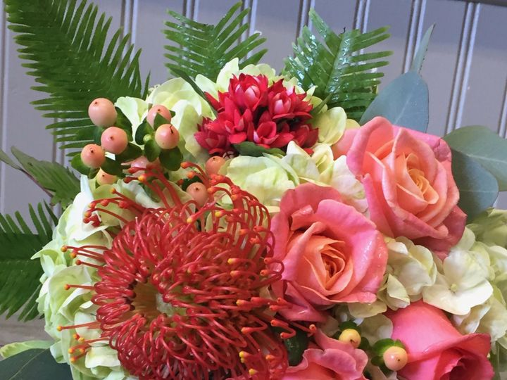 Tmx Img 6908 51 26649 158533905962365 Fairfield, New York wedding florist