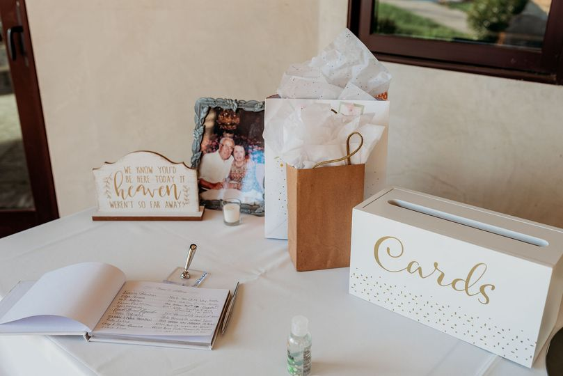 Guest Book & Gift Table
