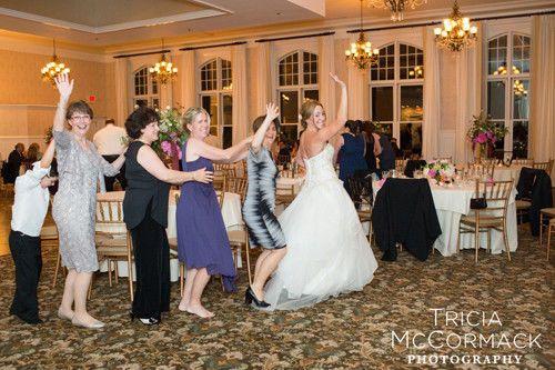 636a349aeef03c1d 1459438499463 wedding dancing conga line