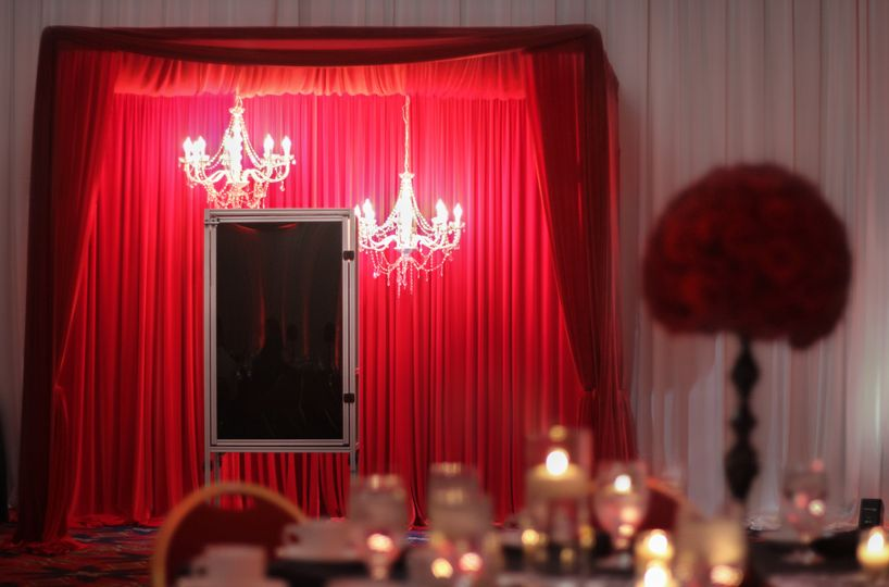 Elegant and romantic photo booth