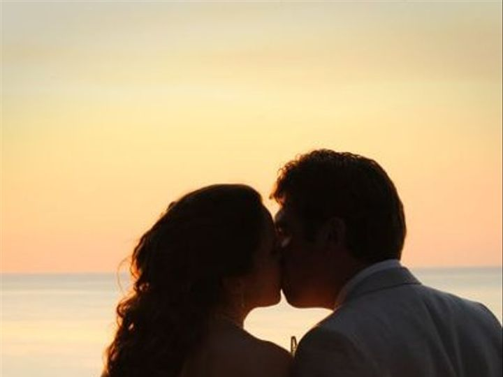 Tmx 1280837304481 Selkesunsetkiss Kalamazoo wedding travel
