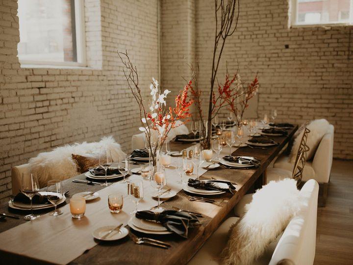 Tmx Styledshoot101 Ivoryevergreen 353 Of 445 51 1884749 158698136853247 Seattle, WA wedding planner