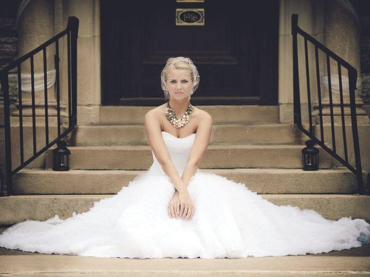 Tmx Bride On Step 2 Copyb 51 145749 Saint Paul, MN wedding venue