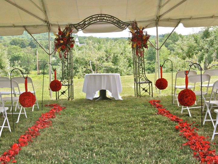 Tmx 1351188666470 IMG2082 Shrewsbury, Massachusetts wedding florist