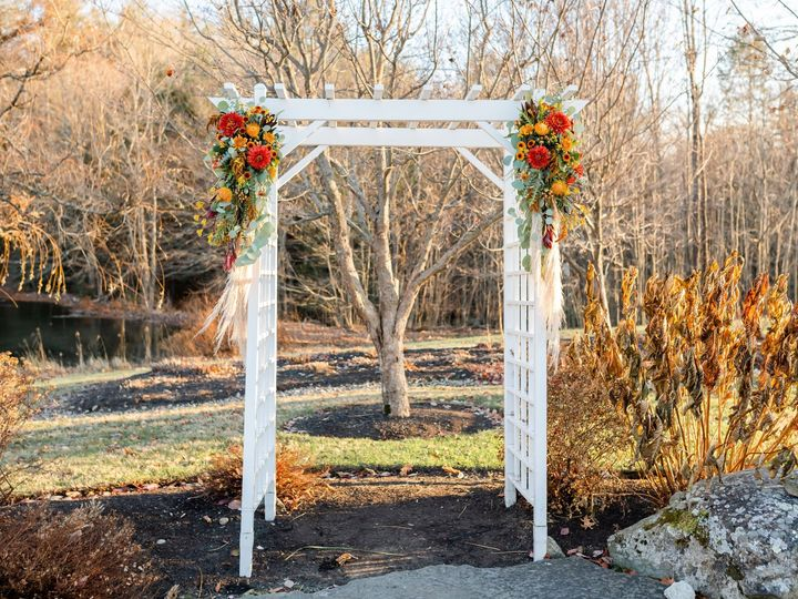 Tmx Mackenzienigel Ceremony 4 51 36749 157747946052143 Shrewsbury, Massachusetts wedding florist