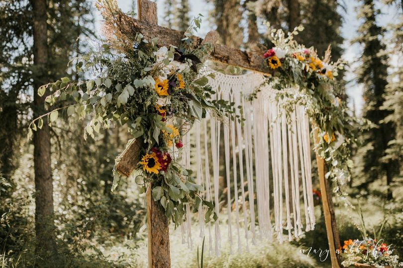 Floral Arch | Mary Webb Photo