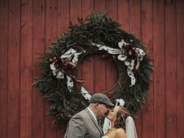 Tmx 1525964036 083628450cd79c17 1525964035 0957665ebd85303c 1525964032609 4 Feb Sandown, NH wedding venue