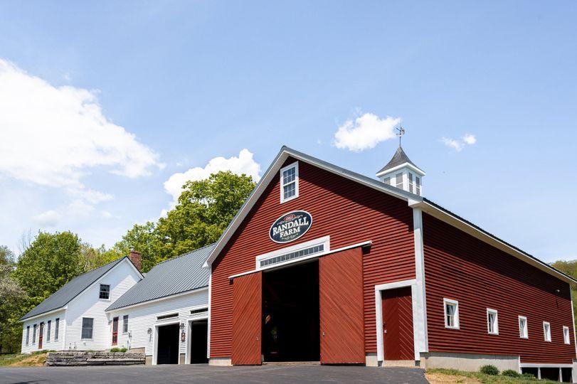 Barn & Farmhouse