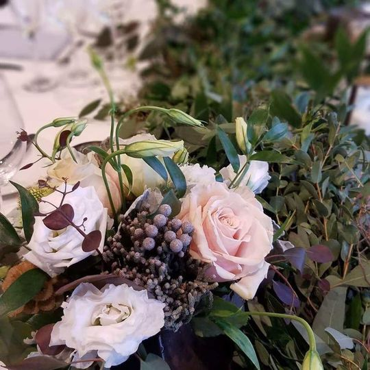 Neutral Table Scape