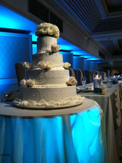 Four layers wedding cake