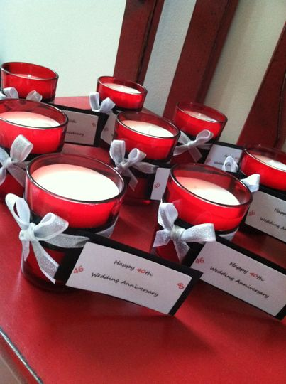 Vanilla Wood - silver ribbon, black & white tags decorate this 3 oz red glass votive