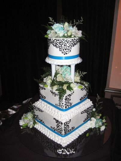 Spring Hill Bakery Wedding Cakes