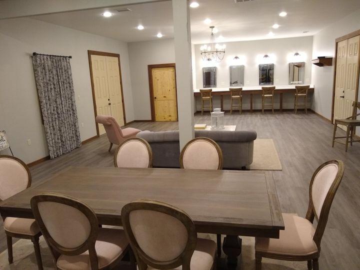 Bidal suite - over 1000sf
